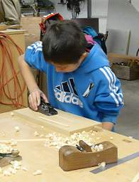 Woodworking_20141215_KidsPlaning